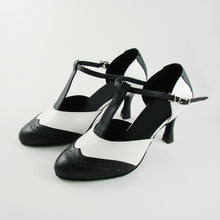 Load image into Gallery viewer, Roxy Vintage T-Strap Shoes