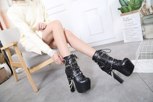 Rebellious Queen Boots - Wildly Untamed