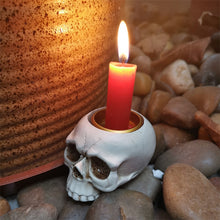 Load image into Gallery viewer, Resin Skull Candle Holder