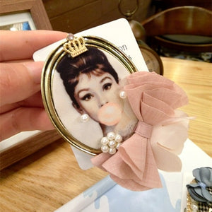 Hollywood Legends Vintage Brooches