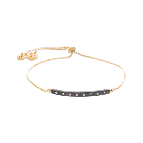 Modern Ajustable Bar Chain Bracelet. Striking Feminine Style with a Twist.