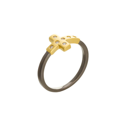 ModernBezel Sideways Cross Ring. A Mesmerizing Twist to a Classic Motif.