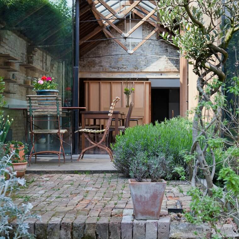 The garden courtyard at the Collage House By Jonathan Tuckey Design
