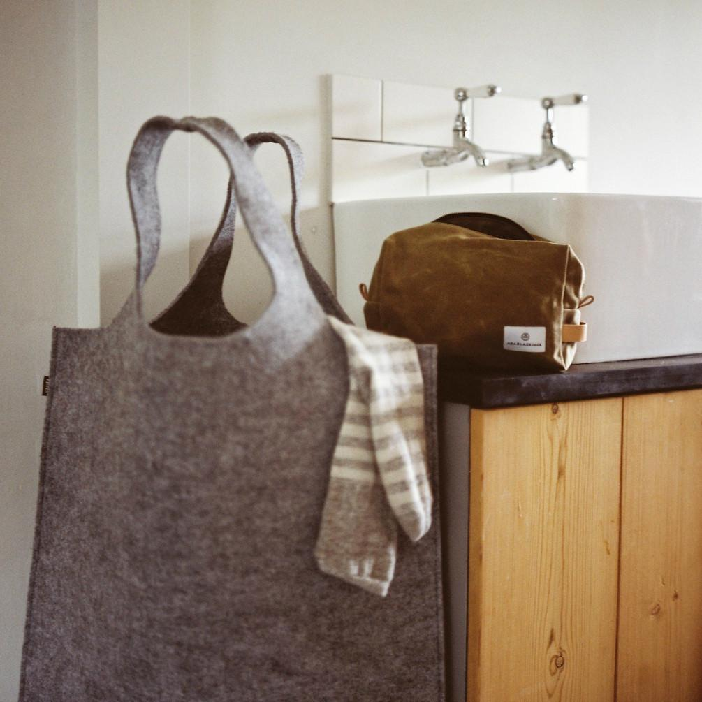Hendee XL Laundry/Storage Bag - Dark Grey
