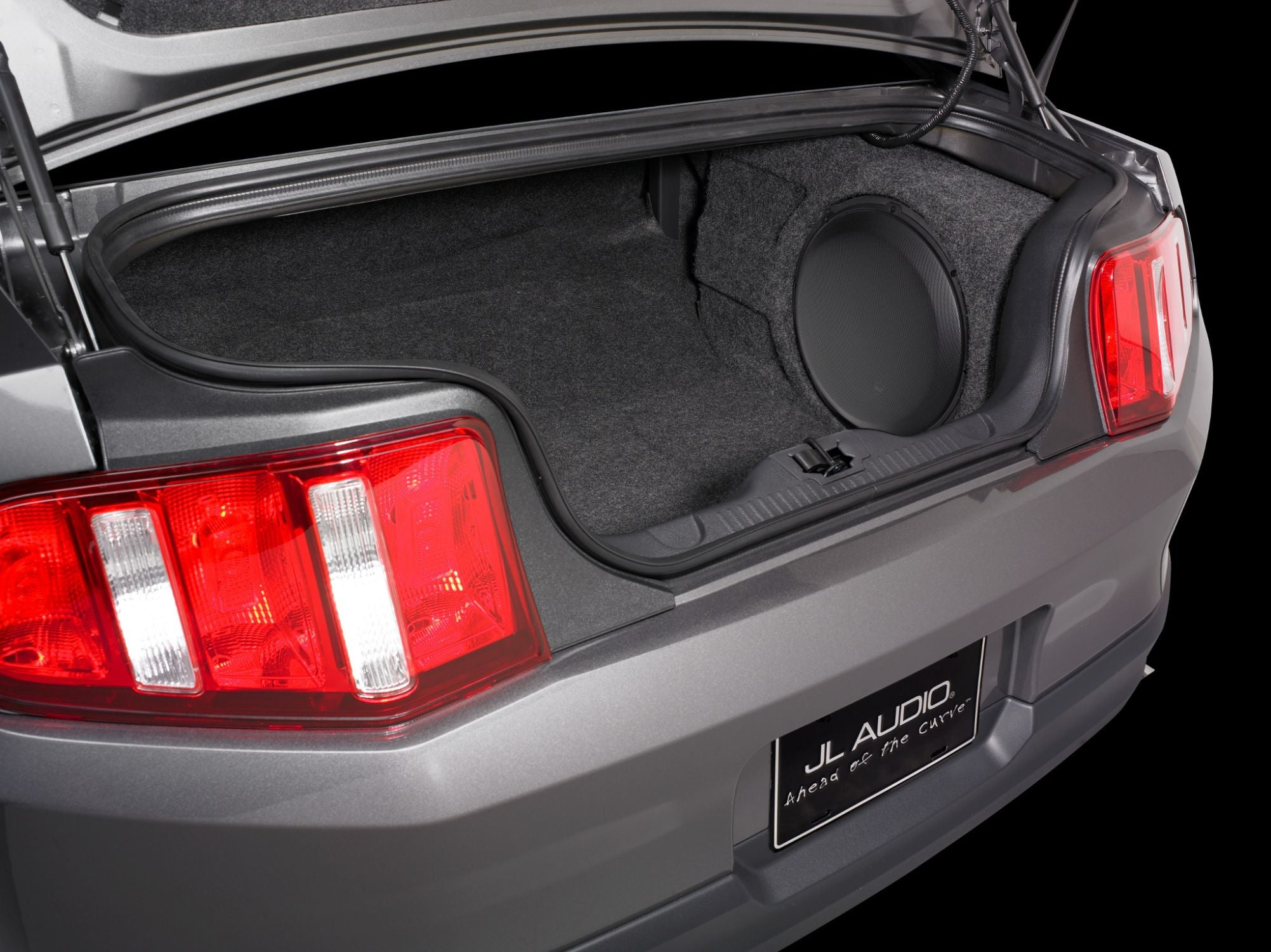 SB-F-MUCUPE2-13W3v3 Stealthbox Installed in Vehicle