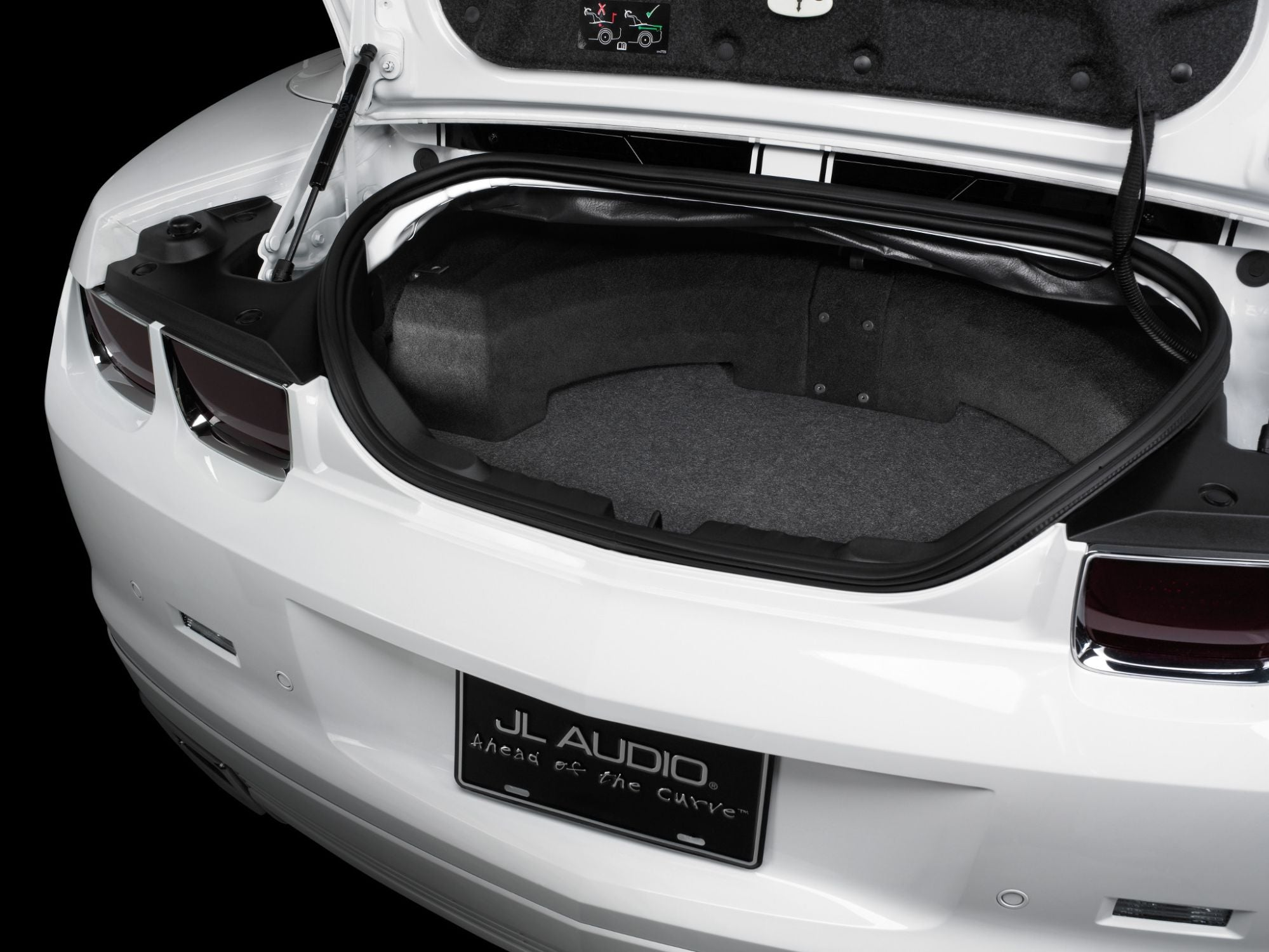 SB-GM-CAMCONV-10W1v3 Stealthbox Installed in Vehicle