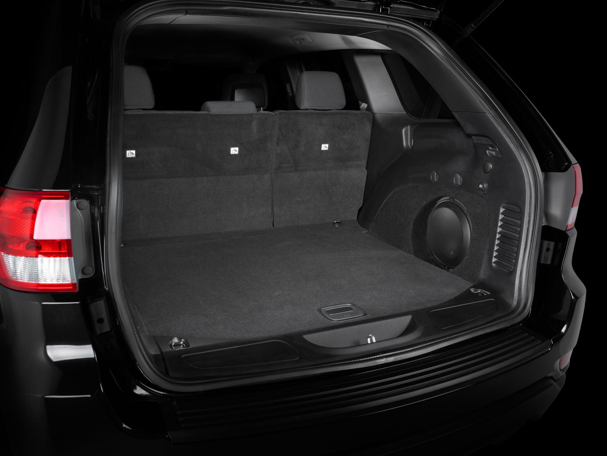 SB-J-GCHWK2-10W3v3 Stealthbox Installed in Vehicle