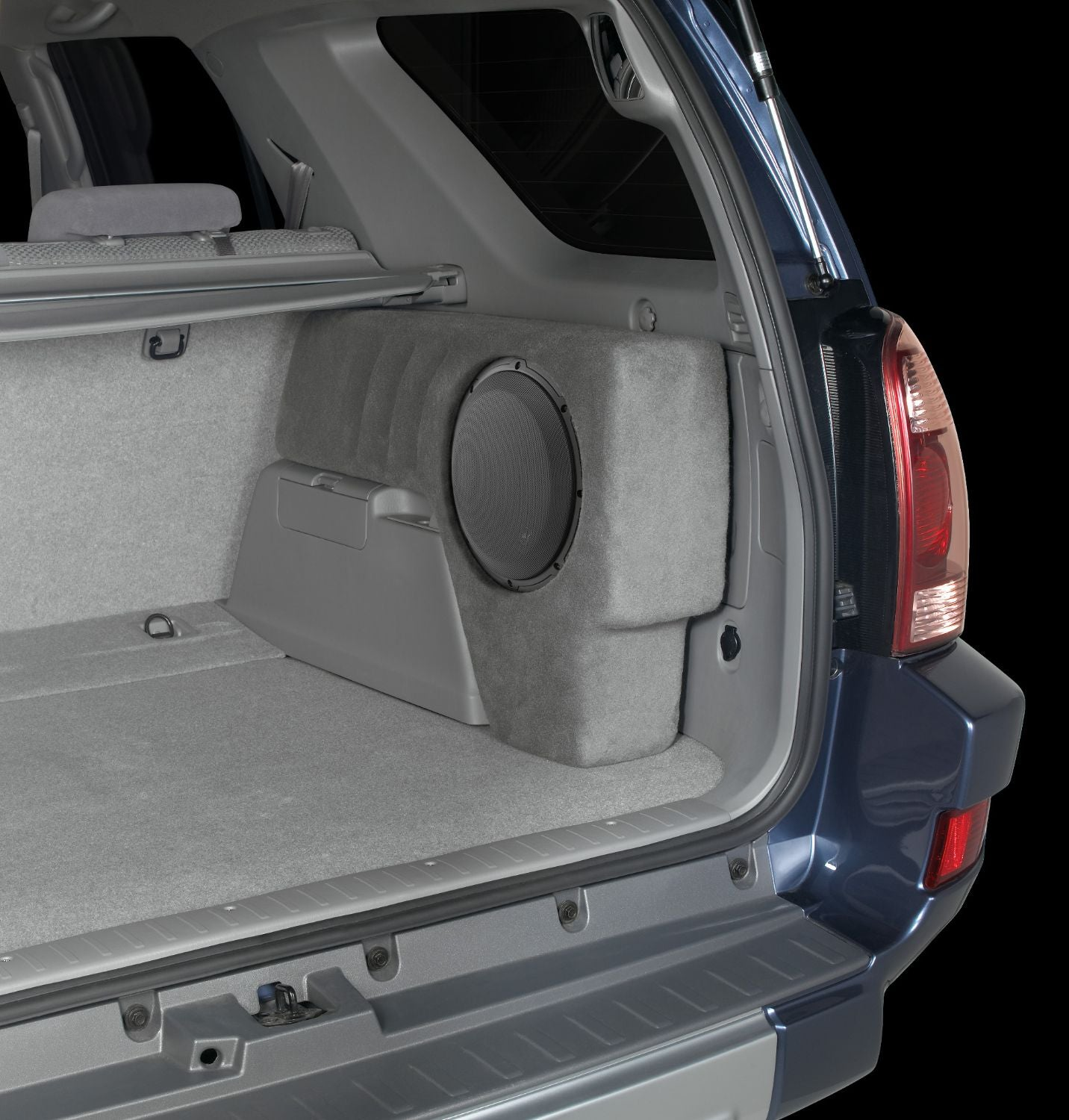 SB-T-4RNR2-10W3v3 Stealthbox Installed in Vehicle