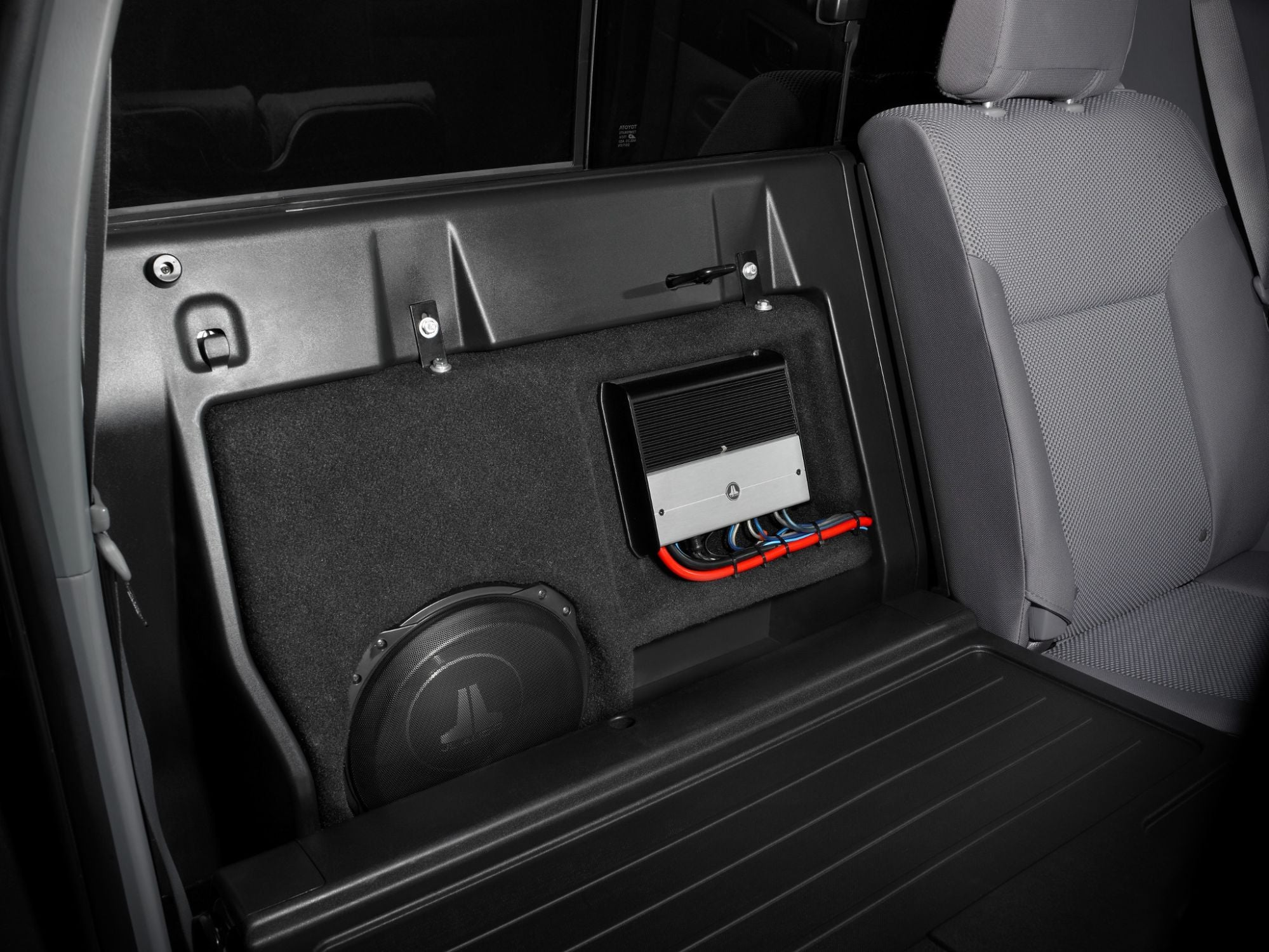 SB-T-TACDC12-10TW3 Stealthbox Installed in Vehicle