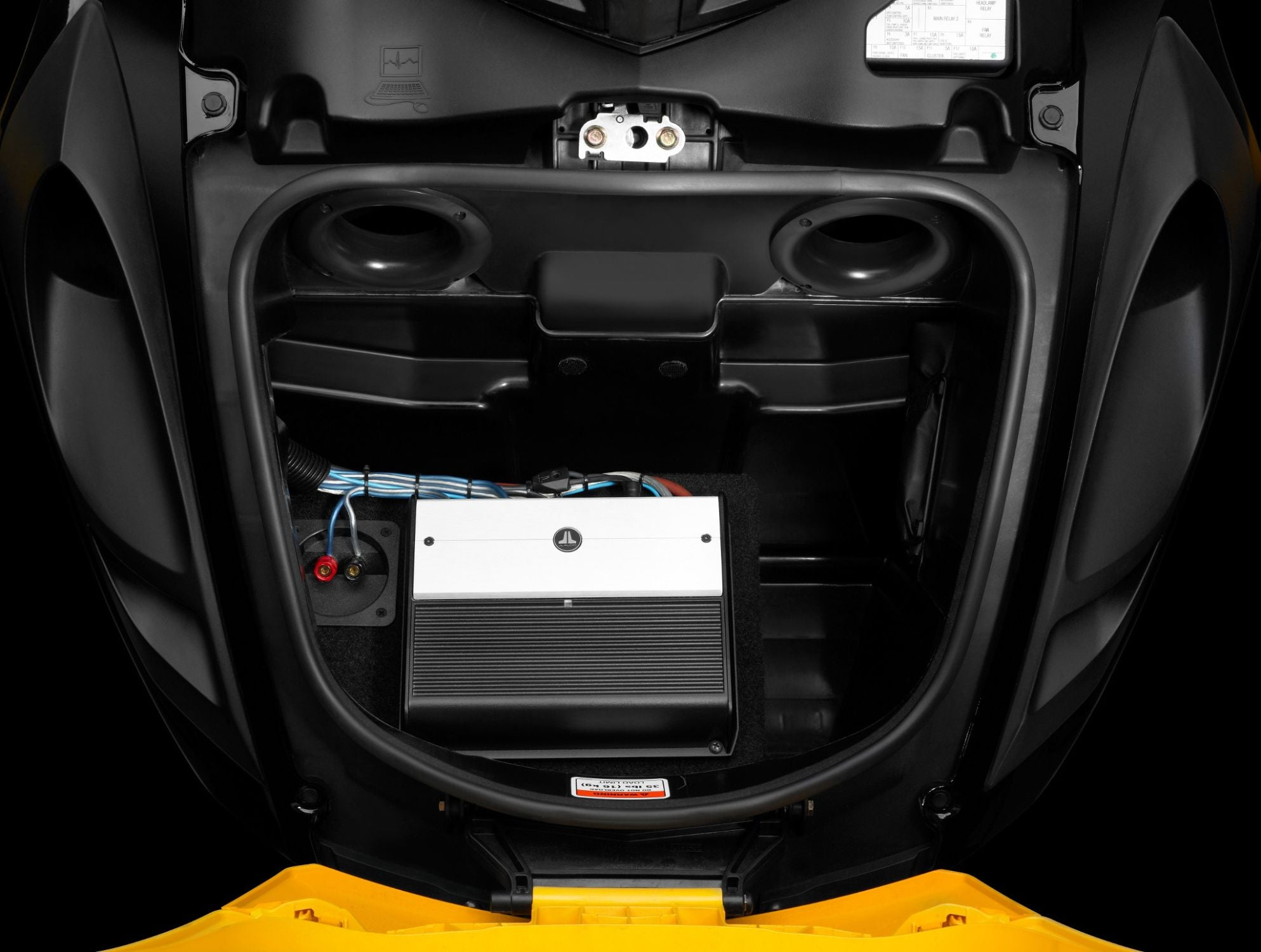 SLPK-CAN-SPYDER1 SlamPak Amplifier Installed in Vehicle Front Trunk