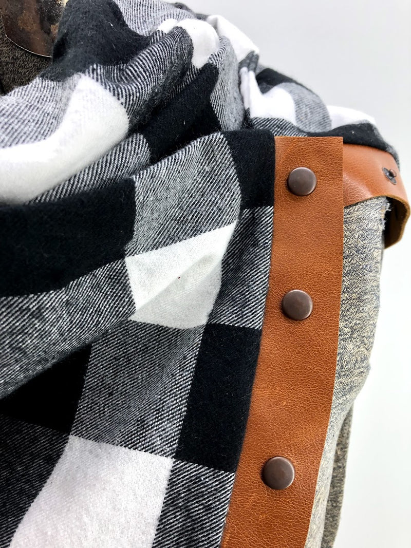 Black & White Lg Buffalo Check Multi Snap Scarf with Leather Snaps