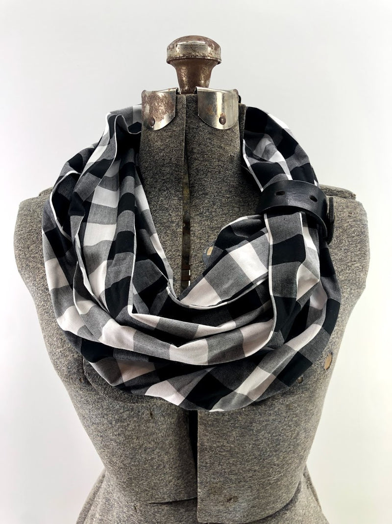 Black & White Sm Buffalo Check Eternity Scarf with a Leather Cuff