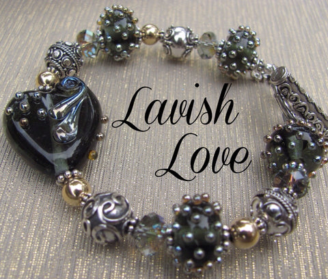 Lavish Love lampglass bracelet
