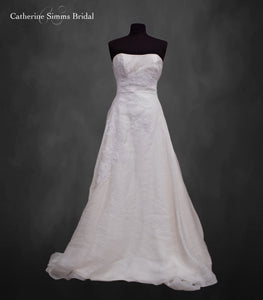 Simple Sheath Cream Gown
