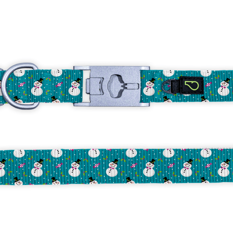 Chasing Snowmen Dog Collar