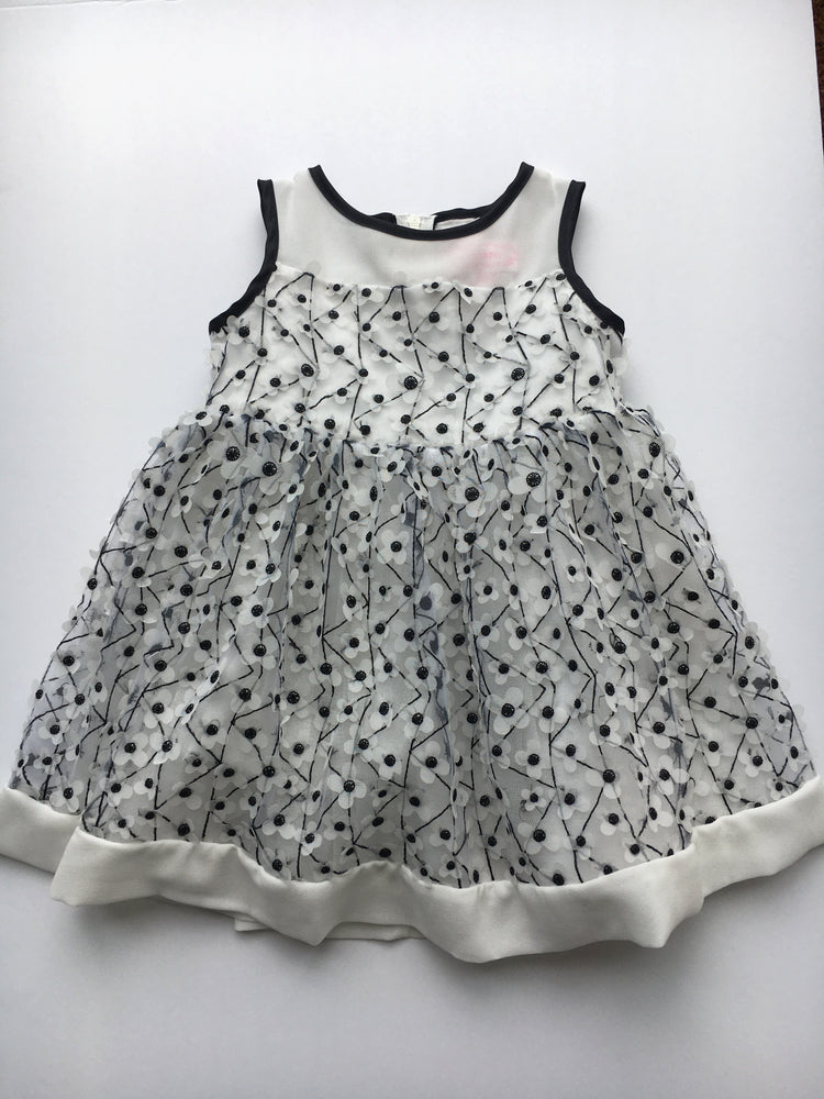 Popatu White Flower Dress