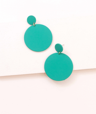 En Vogue Green Dangle Earrings