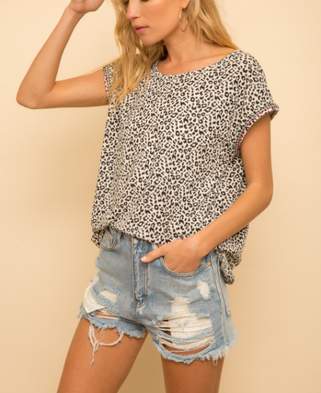 Janie Leopard Short Sleeve Top