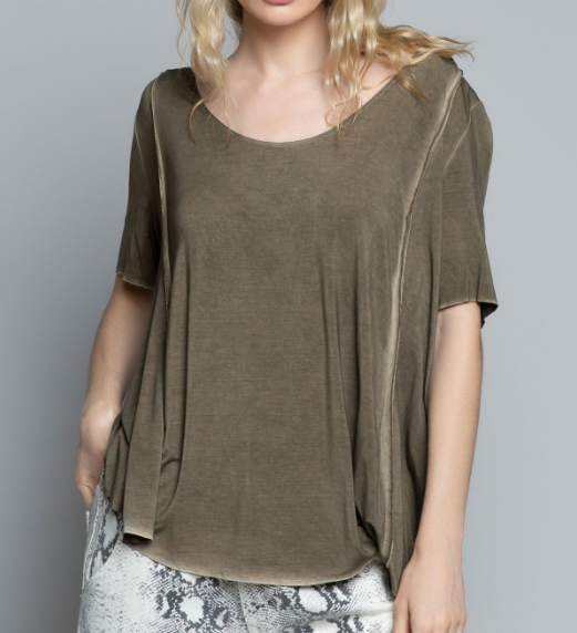 Olive Jo High-Low Soft Tee