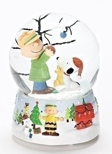 Charlie brown with snoopy christmas water globe
