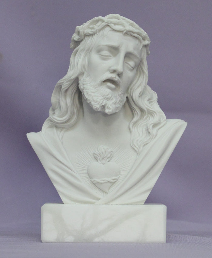 "Sacred Heart of Jesus in white alabaster and resin with a white alabaster base, 5"". Made in Italy."