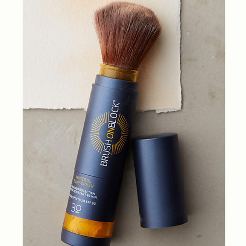 Brush-on block mineral sunscreen