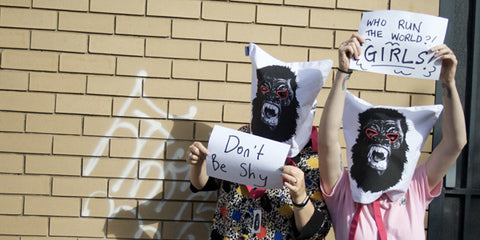 How To Wear : The Guerrilla Girls Tote Bag as a Mask!