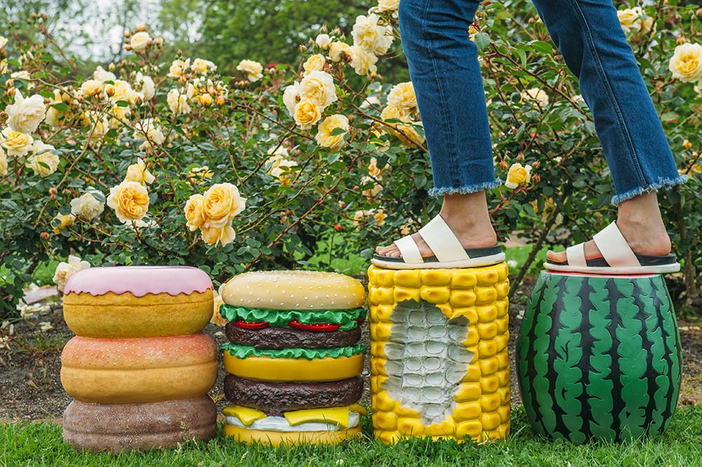 Giant Hamburger Stool