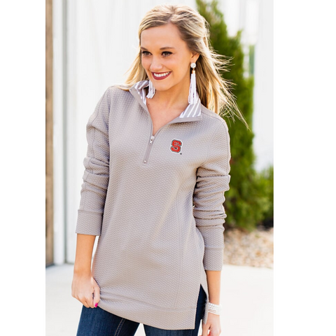NC State Wolfpack Women's Grey Over And Out Quilted 1/4 Zip Jacket