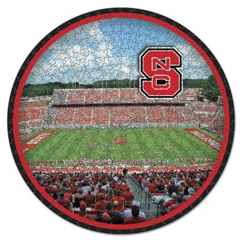 NC State Woflpack 500 Piece Football Puzzle