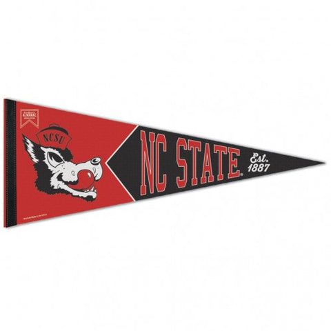 NC State Wolfpack Wincraft Slobbering Wolf Pennant