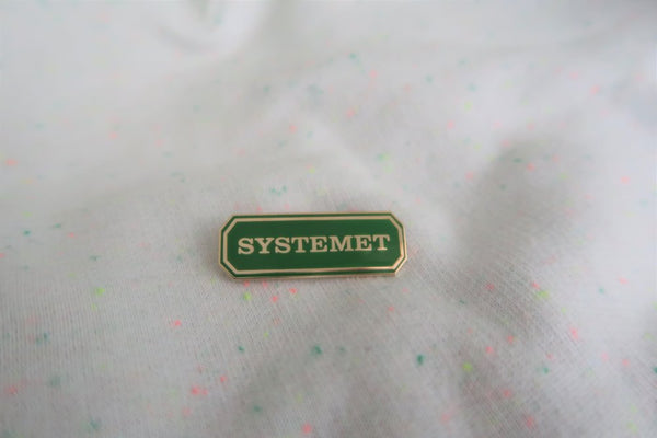 POLLY ROCKET enamel pin SYSTEMET