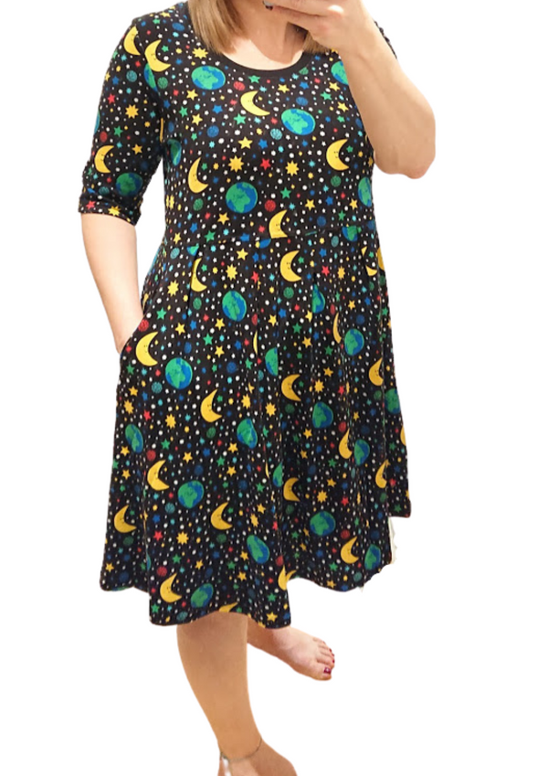 DUNS organic cotton scoop neck dress with pockets MOTHER EARTH/BLACK