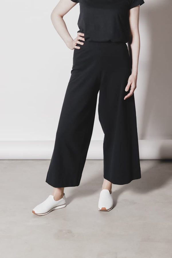 AARRE organic cotton culottes ALEX/BLACK