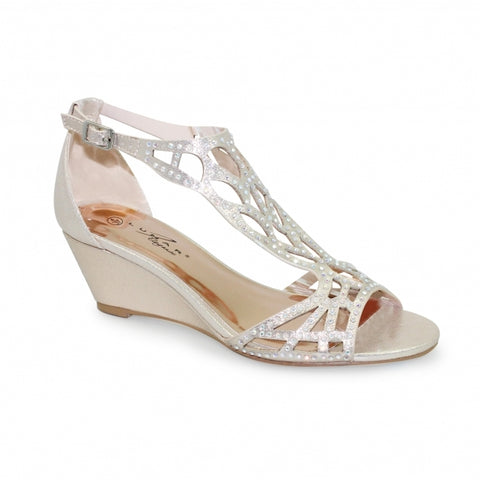 Lunar Court Shoe FLC111 Denton in Gold matching bag available