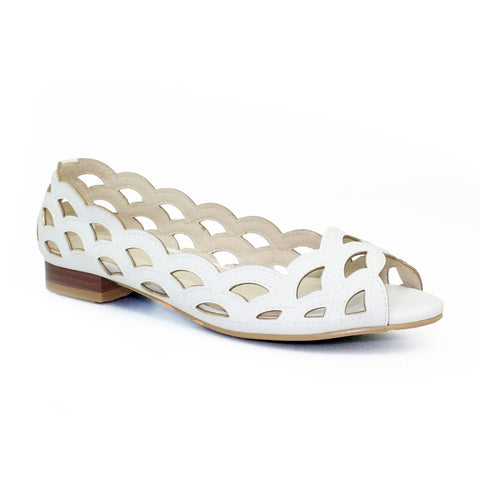 Lunar Devine Scallop Pattern Summer Pump WHITE FLC160BL