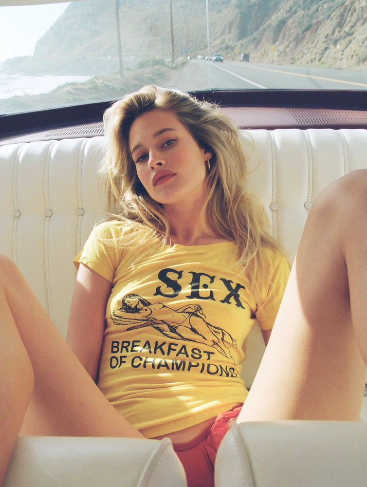 NEW!! SEX, BREAKFAST OF CHAMPIONS TEE VINTAGE YELLOW
