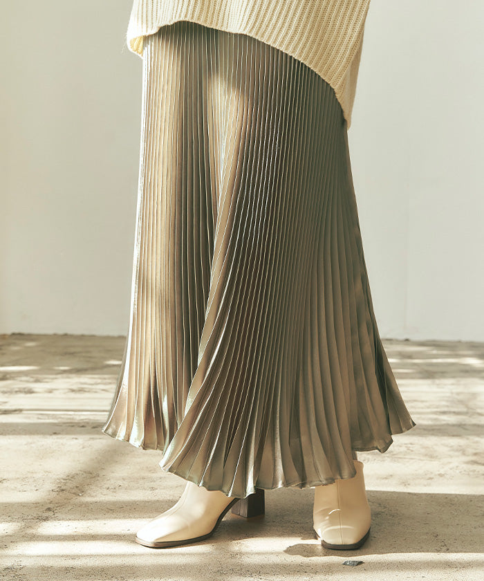 Shiny pleated long skirt  (auwg0212)