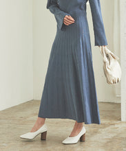 Load image into Gallery viewer, Pleated Skirt Knit Long Dress (awxp2773)