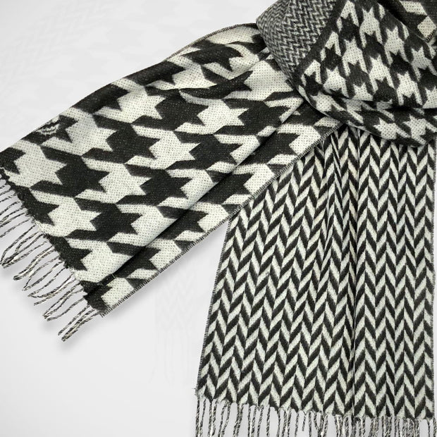 'Black & White Houndstooth' Scarf