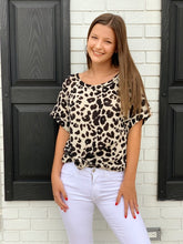 Load image into Gallery viewer, Animal Print Flare Top