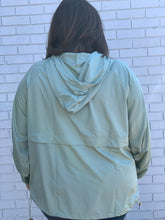 Load image into Gallery viewer, Plus Size Sage Pullover Windbreaker