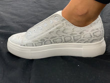 Load image into Gallery viewer, Shimmer Snakeskin Sneaker