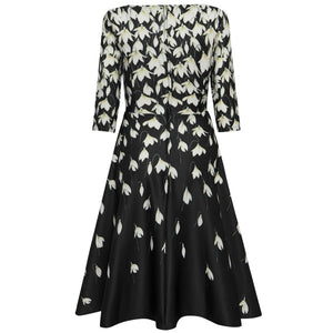 Janet Classic Long-Sleeved, Flared Dress Black Snowdrops