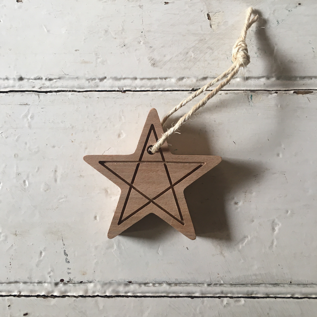 Saturday Workshop | Wooden Christmas Decoration - Solid Star