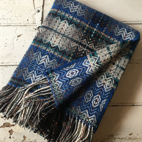 Molloy & Sons | Diamond Weave Blanket - Blue