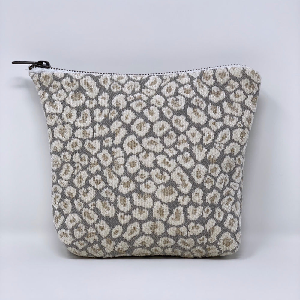 """The Little One"" Makeup Bag//Oyster Micro Cheetah Print"