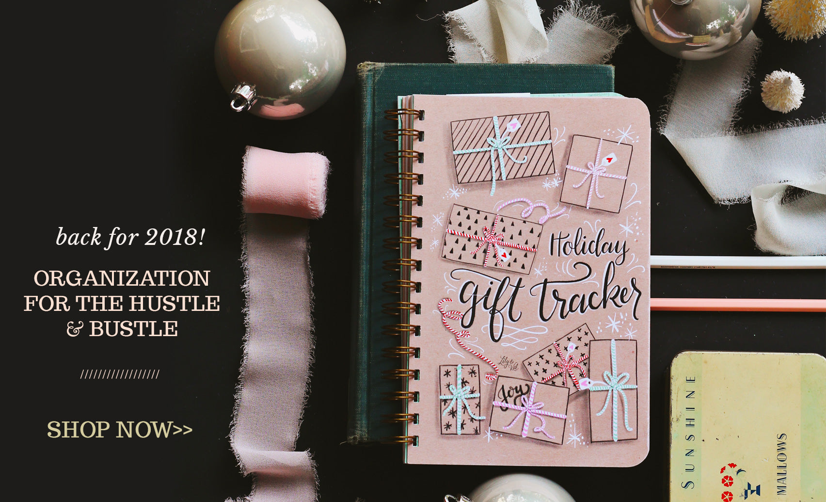 Organization for the Hustle & Bustle: The Holiday Gift Tracker!