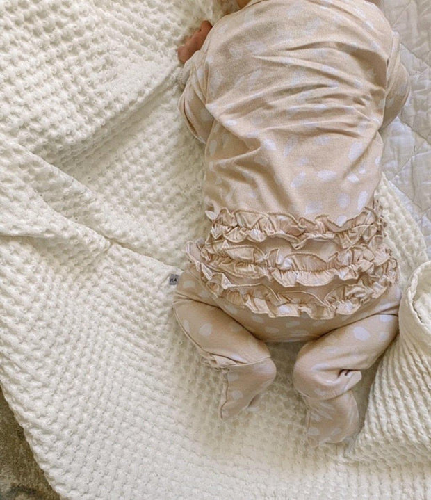 Tan Spotted Ruffle Zipper Outfit 1