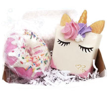 Load image into Gallery viewer, Smiling Unicorn soap and bath bomb gift set - Trinity Soaps